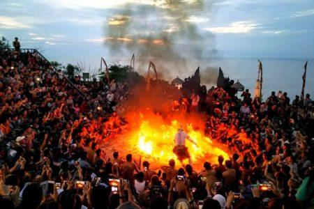 ルアンスアラ in Baliを綴る